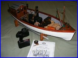 Model Steam Boat - Very Nice