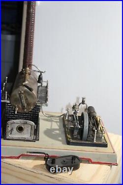Vintage Doll horizontal steam engine, Model 348/5 Produced 1937