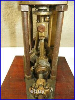 Vintage Vertical Marine Steam Engine, heavy/brass 2 connecting rods, drive shaft